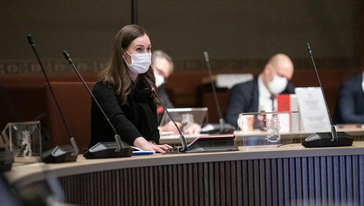 Hükümet, koronavirüs kısıtlamalarının azaltılmayacağını açıkladı