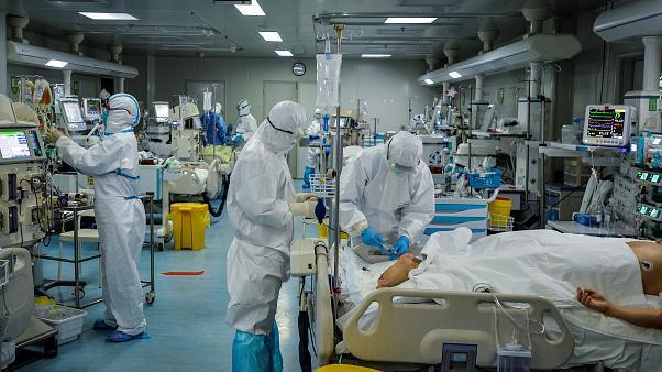 Koronavirüs Salgını Finlandiya'da Zirveyi Gördü mü?