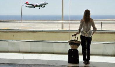 Hükümet seyahat kısıtlamalarının kapsamını genişletiyor