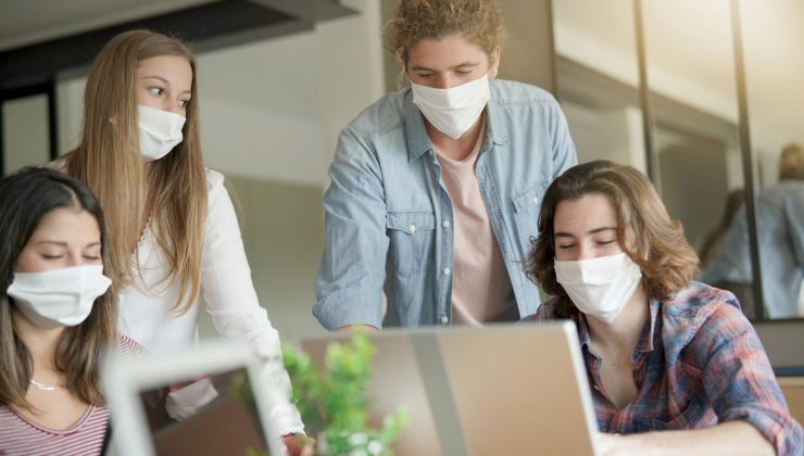 İş yerlerinde maske kullanımı zorunlu hale geliyor