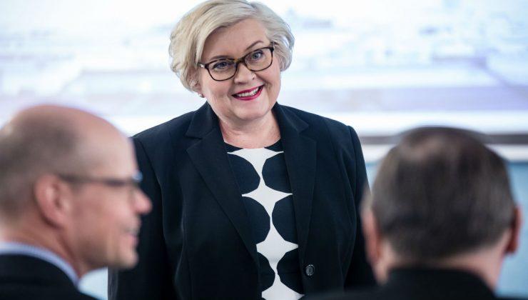 Finlandiya yeni Meclis Başkanı tecrübeli politikacı Anu Vehviläinen  oluyor