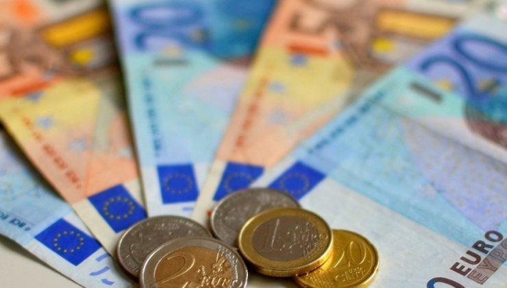 Hükümet işsizlik ödeneği alanların kazanç sınırını yükseltiyor