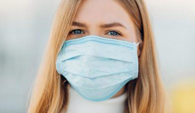Helsinki'de ihtiyaç sahiplerine ücretsiz maske dağıtımına başlandı