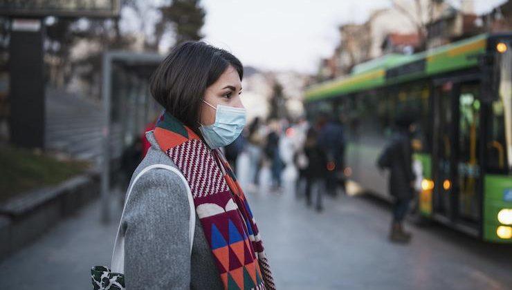 Enfekte sayısı 10 bini geçti, virüs özellikle gençler arasında yayılıyor