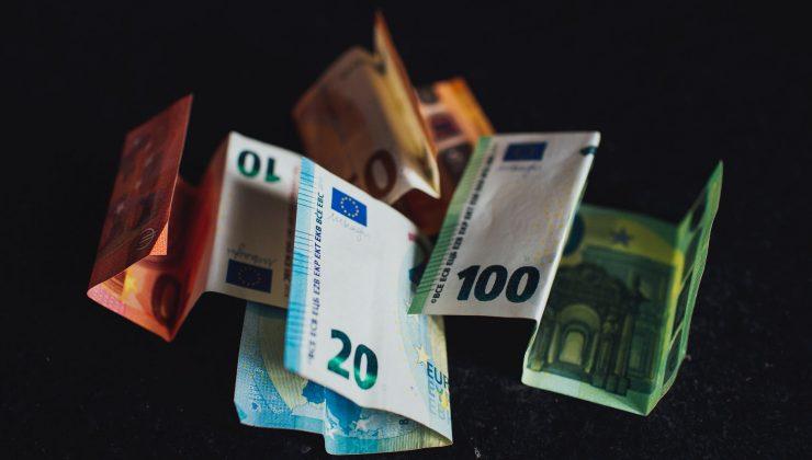 Oturma izni olan yabancılar bankacılık hizmetlerinden daha fazla faydalanacak