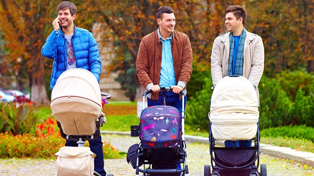 Çocuklarına Bakmak İçin Ücretsiz İzne Ayrılan Anne ve Babalara KELA Yardımı